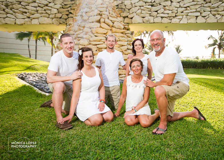 Monica Lopez Photography - Haugen + Hildebrand - Cancun Family Photography