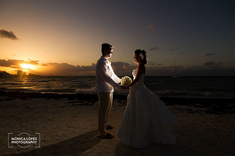 Cancun Destination Wedding at Villas Kin-Ha - Bárbara + Stefano