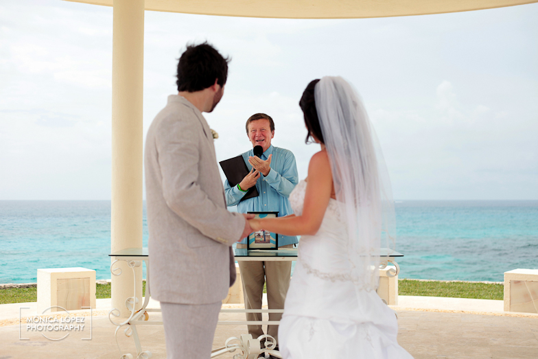 Cancun Wedding at Dreams Cancun by Monica Lopez Photography