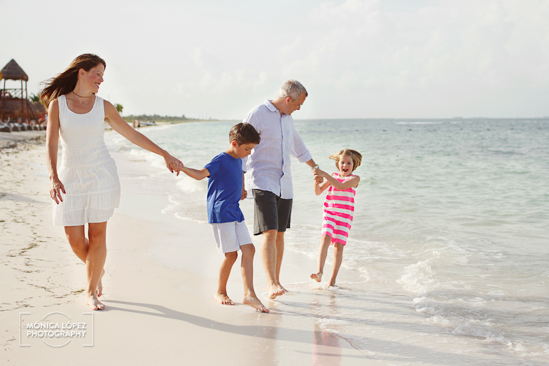 Cancun Family Portraits at The Beloved Hotel by Monica Lopez Photography (2)