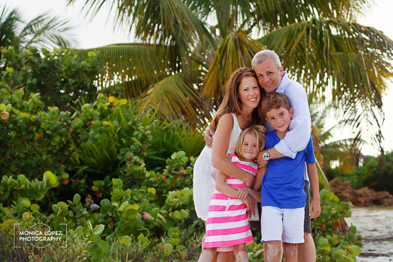 Cancun Family Portraits at The Beloved Hotel by Monica Lopez Photography (12)