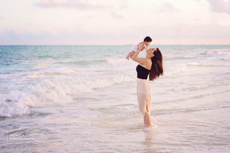 Cancun Family Portraits - Mother & Daughter by Monica Lopez Photography