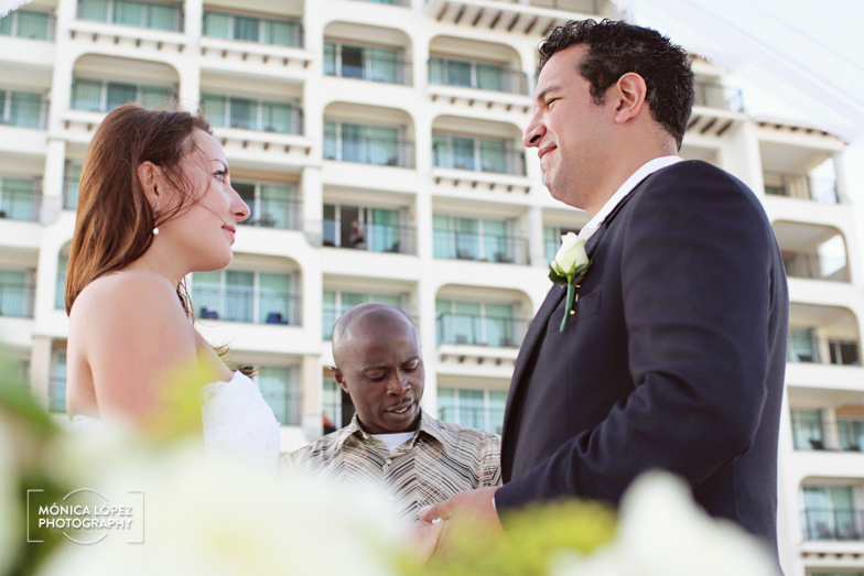 Cancun Wedding by Mónica López Photography
