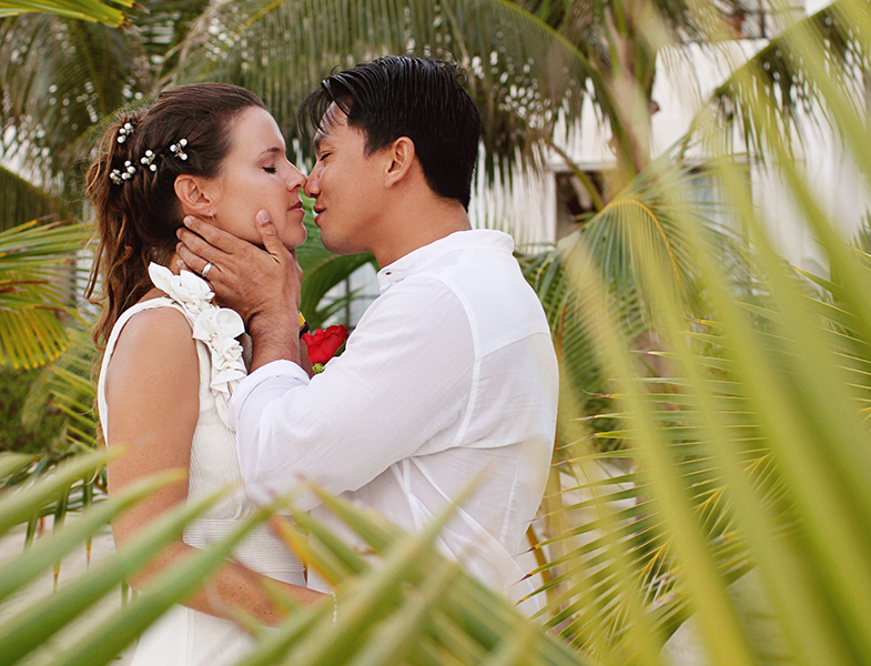 Cancun Wedding at Hotel Flamingo - Tatiana + Adrian by Monica Lopez Photography (1)
