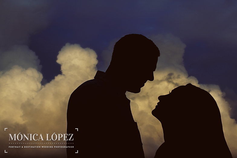Beach Engagement Session at ME by Melia Cancun (23)