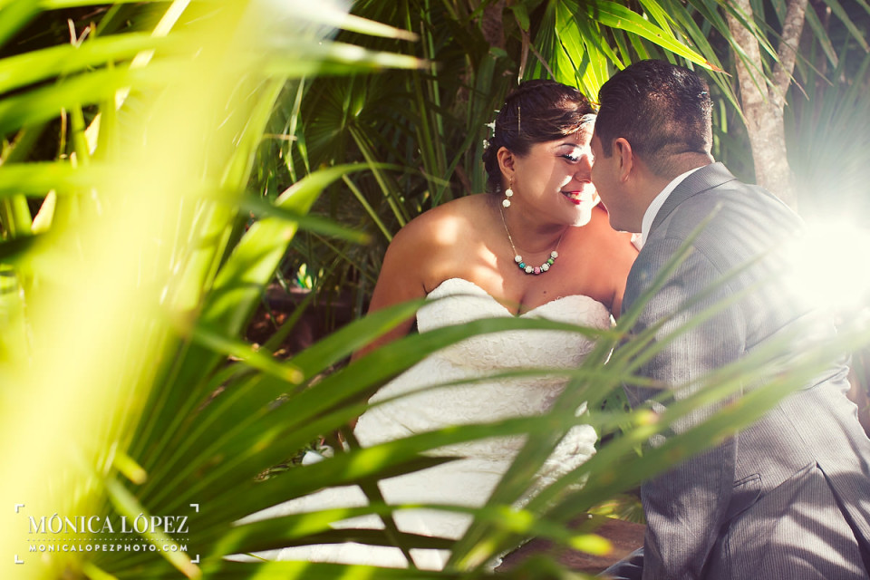 Akumal Beach Trash The Dress, Riviera Maya, Mexico - Monica Lopez Photography