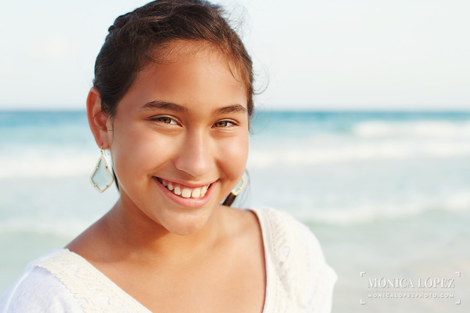 Beach Family Portraits at Playa del Carmen, Mexico - The Cullison's