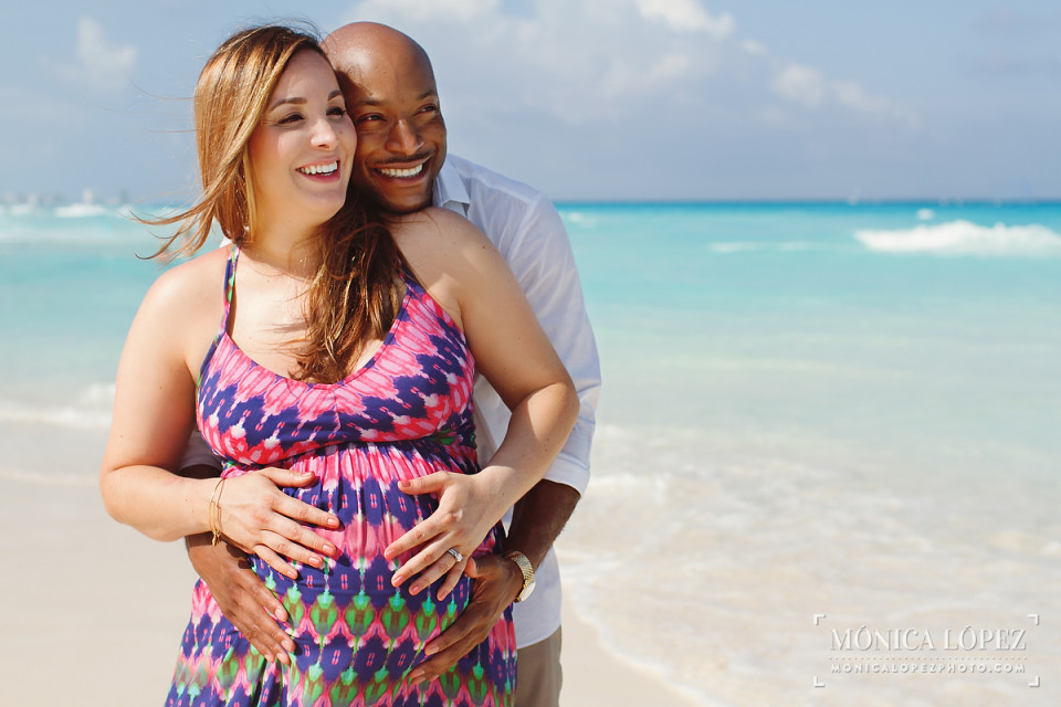Maternity Beach Portraits at Fiesta Americana Condesa