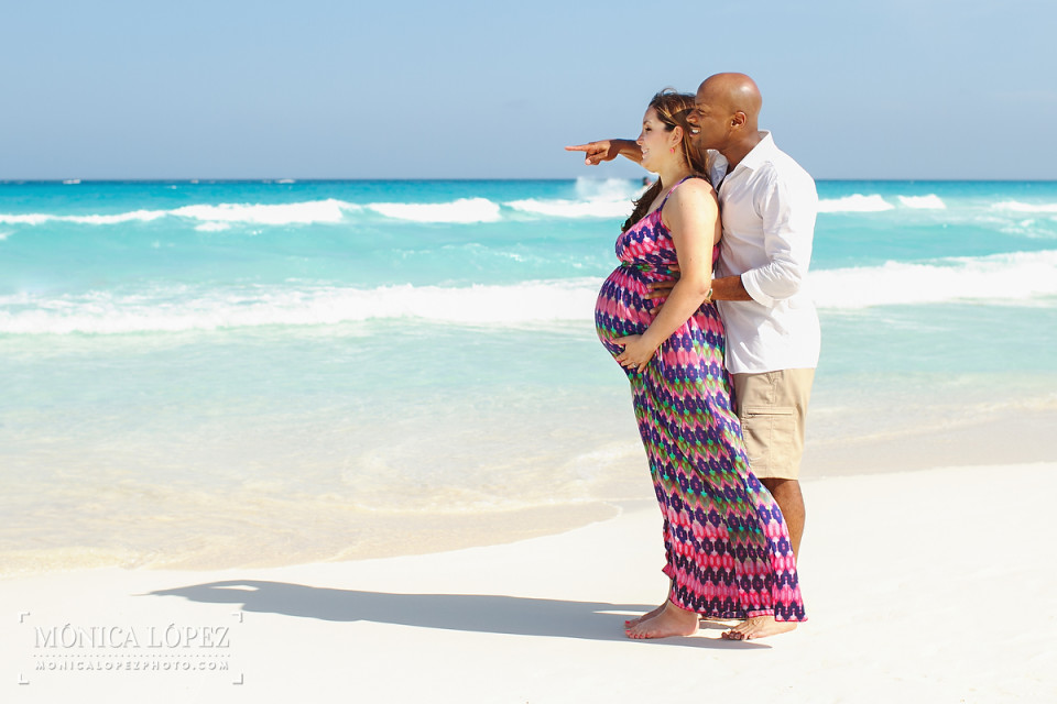Maternity Beach Portraits at Fiesta Americana Condesa