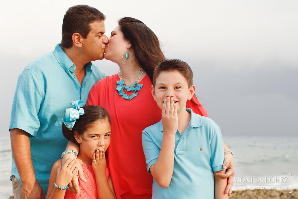 Dreams Puerto Aventuras Family Portraits