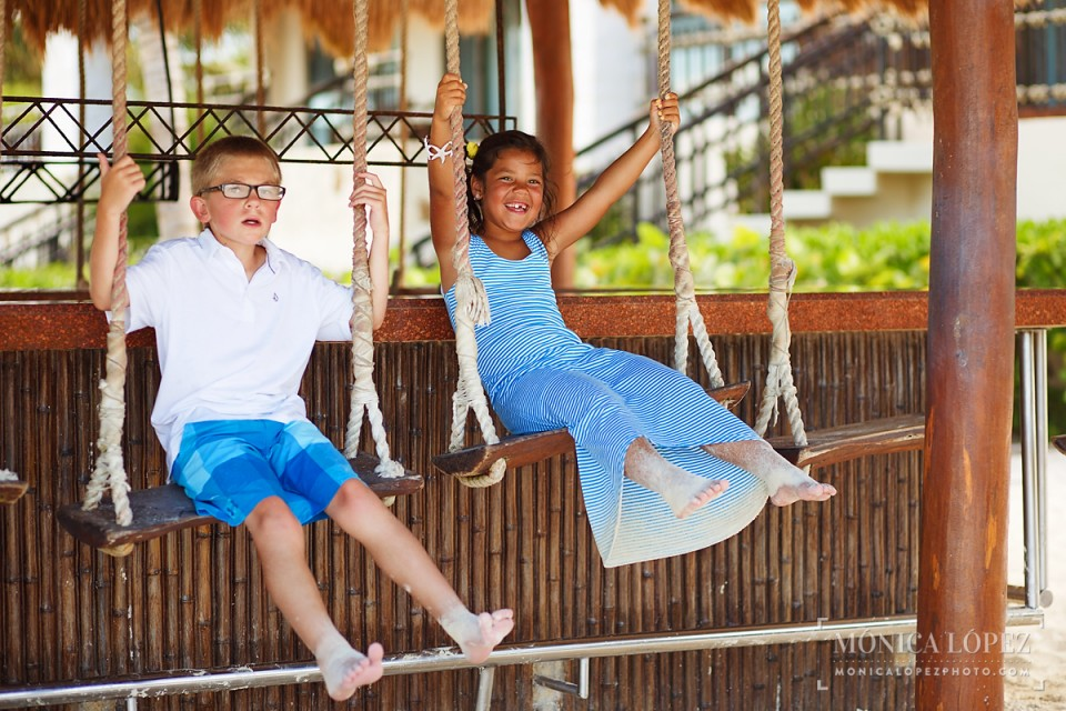 Family Beach Portraits at Dreams Riviera Cancun, Puerto Morelos, Mexico - The Gdowski's