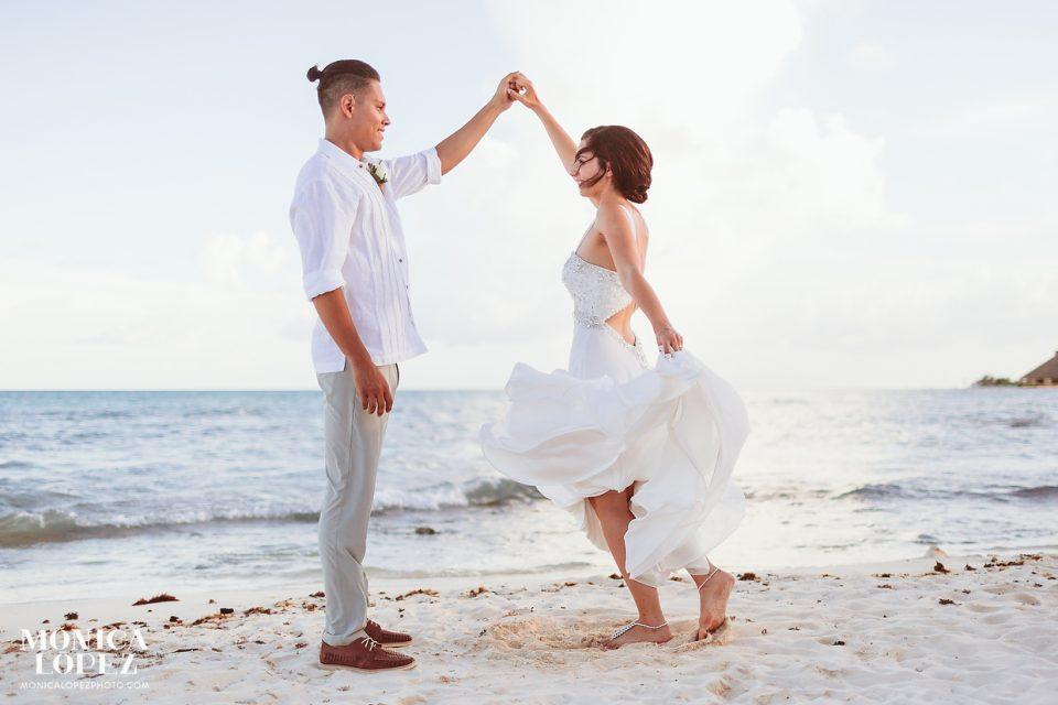 Sandos Caracol Destination Wedding by Monica Lopez Photography