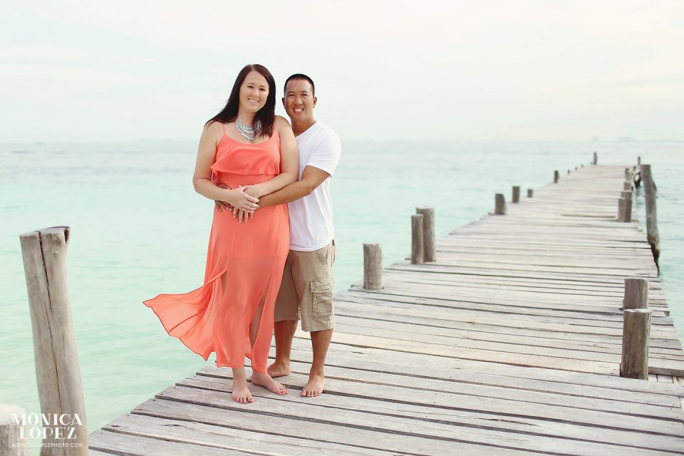 Isla Mujeres Honeymoon Portraits at Playa Norte, Mexico - Jennifer + Kenny