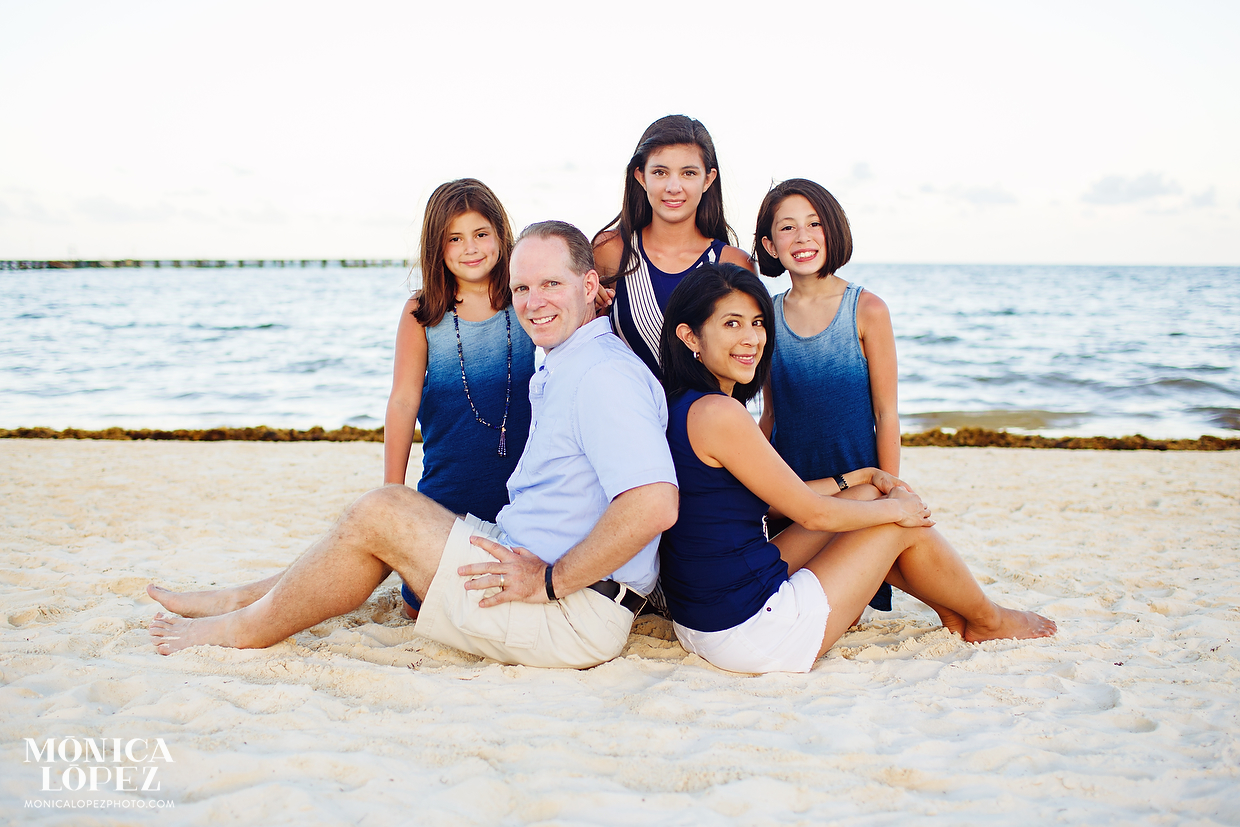 Beach familly pic 95
