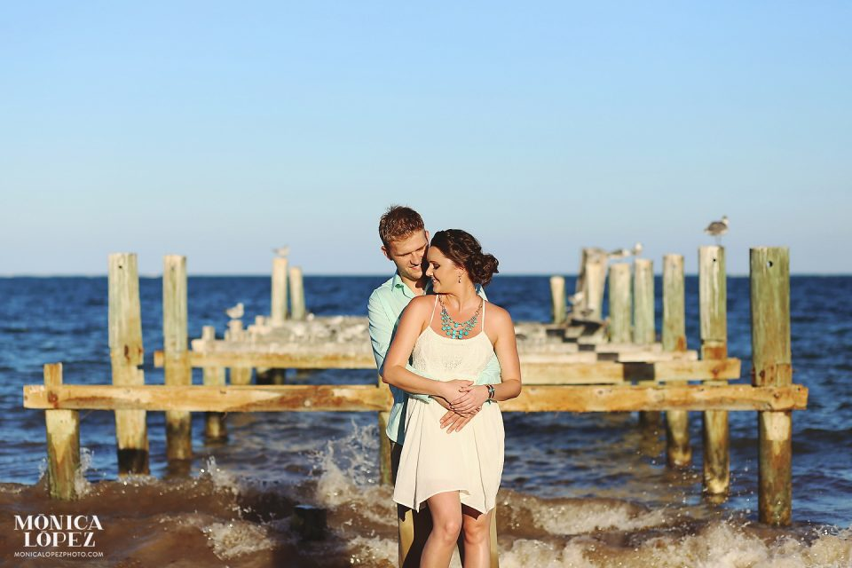 Puerto Morelos Romantic Portraits by Monica Lopez Photography