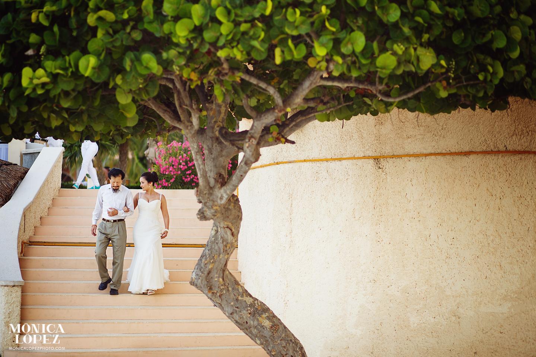 Fiesta Americana Grand C Beach Cancun Wedding Keili David