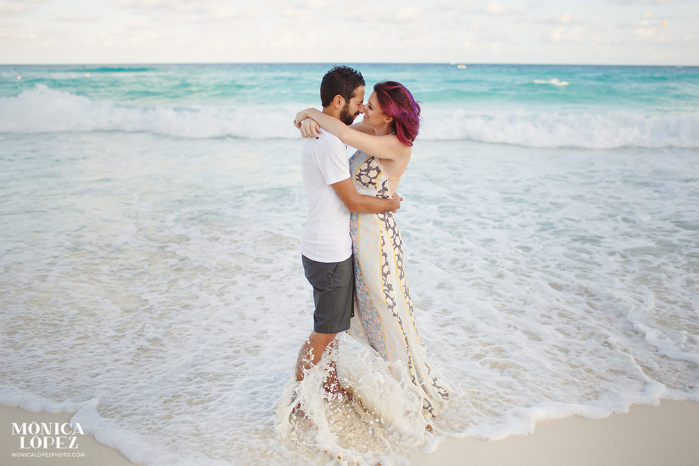 Cancun Maternity Portraits by Monica Lopez Photography