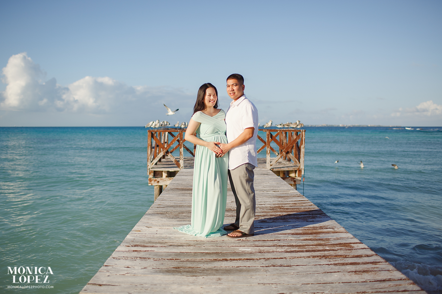 Hyatt Ziva Cancun Maternity Portraits by Monica Lopez Photography