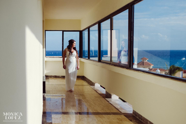 Dreams Puerto Aventuras Elopement by Monica Lopez Photography