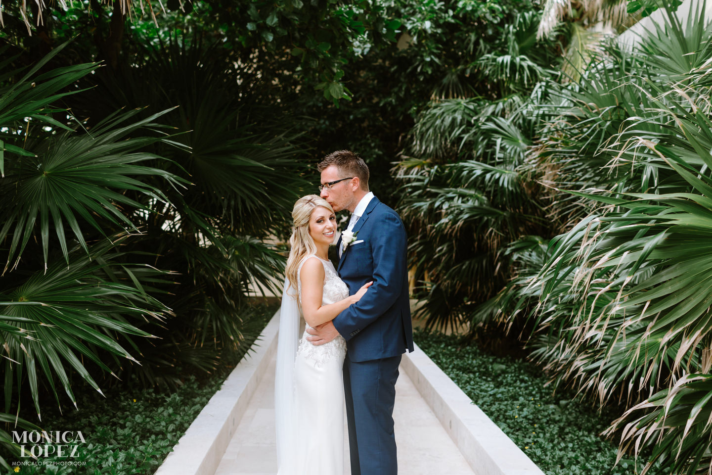 Hyatt Ziva Cancun Destination Wedding by Monica Lopez Photography