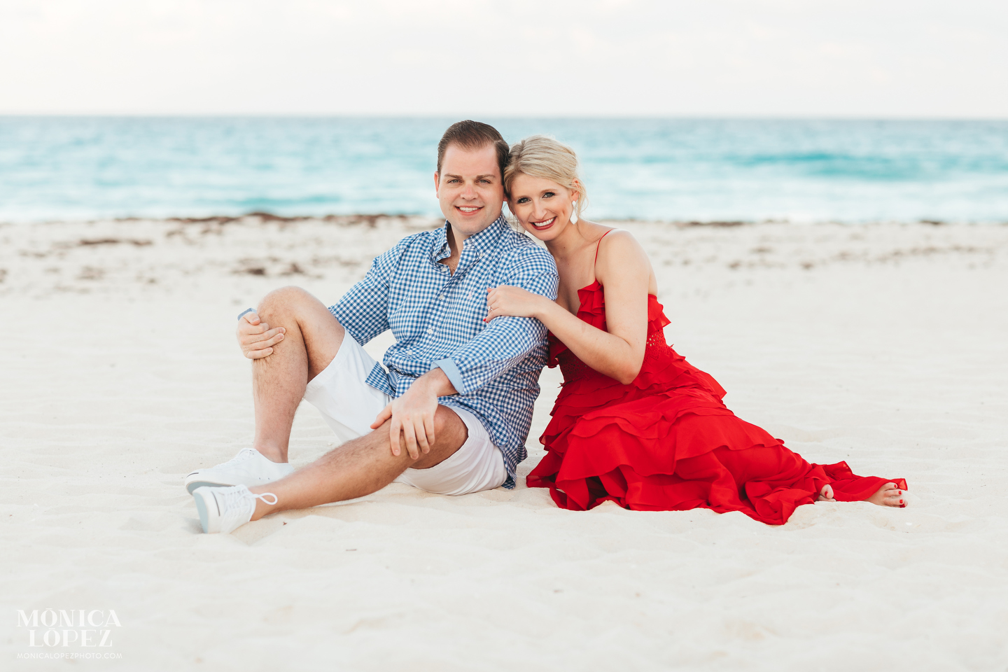 Cancun Beach Engagement Pictures by Monica Lopez Photography