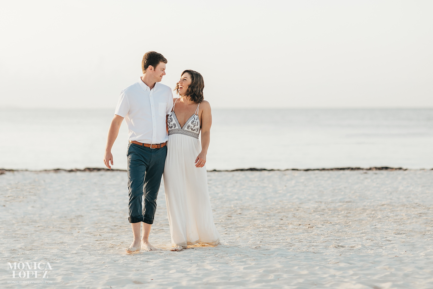 Presidente InterContinental Cancun Engagement Session by Monica Lopez Photography