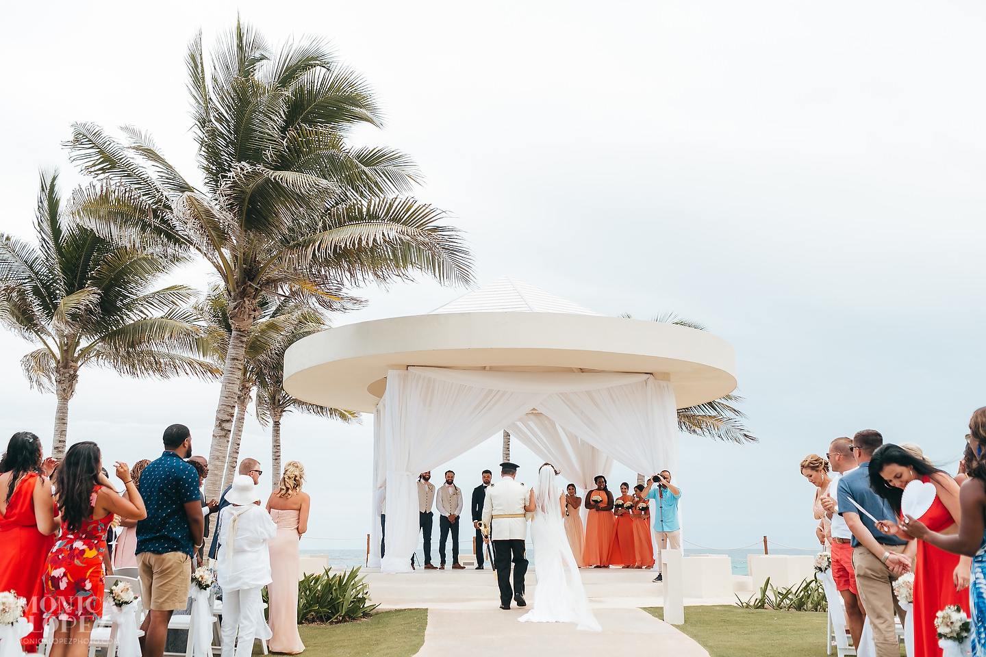 Hyatt Ziva Cancun Wedding by Monica Lopez Photography