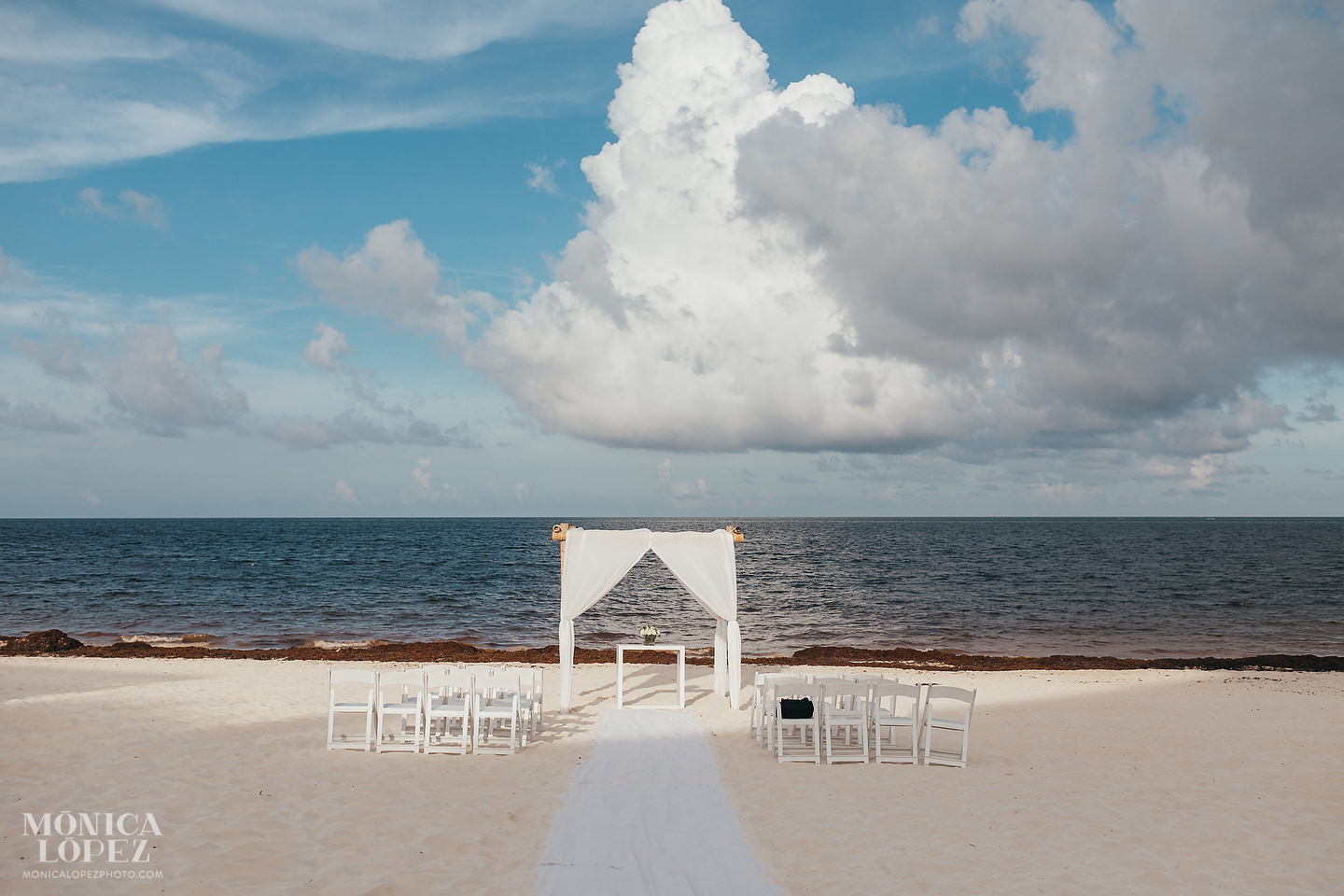 Now Sapphire Riviera Cancun Wedding Arch by Monica Lopez Photography