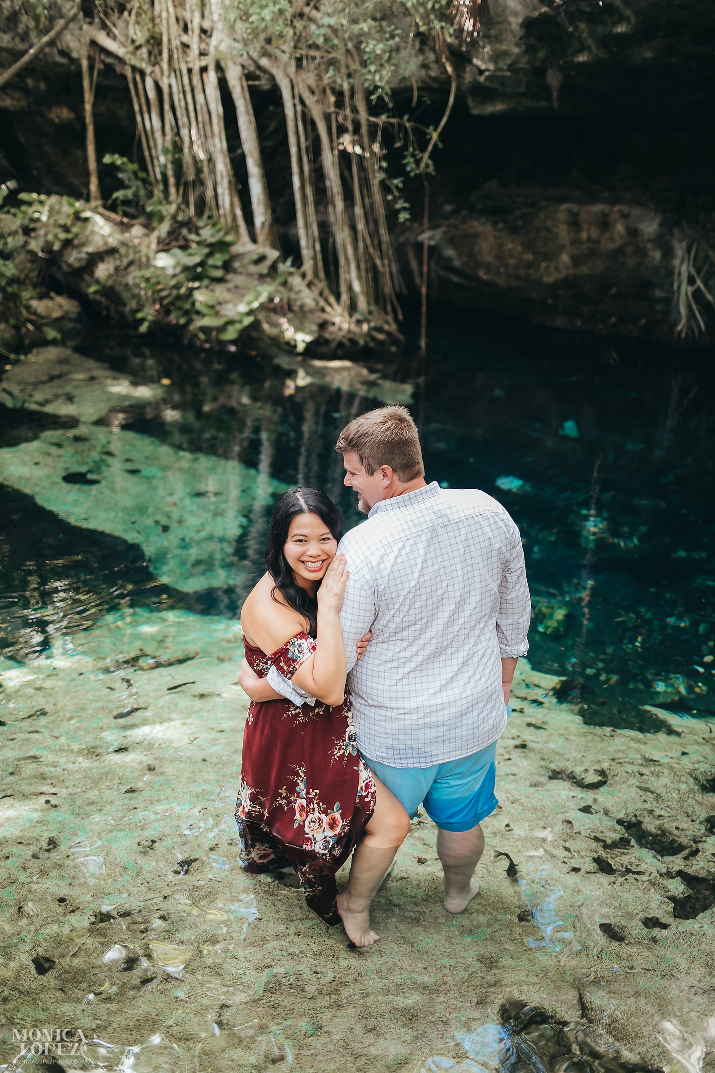 Romantic Cenote Portraits in the mayan jungle by Monica Lopez Photography