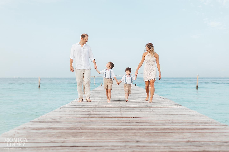 Isla Mujeres Family Portraits, Quintana Roo, Mexico by Monica Lopez Photography