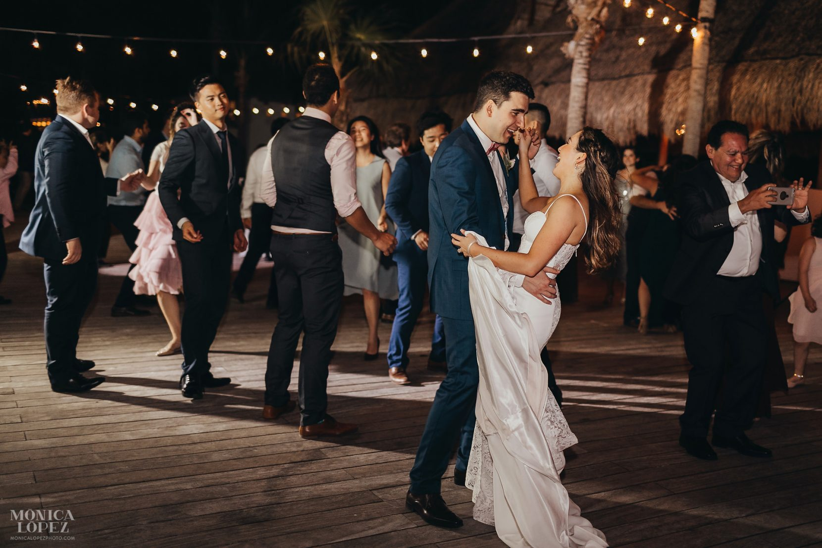 Finest Stone Gazebo Wedding by Monica Lopez Photography